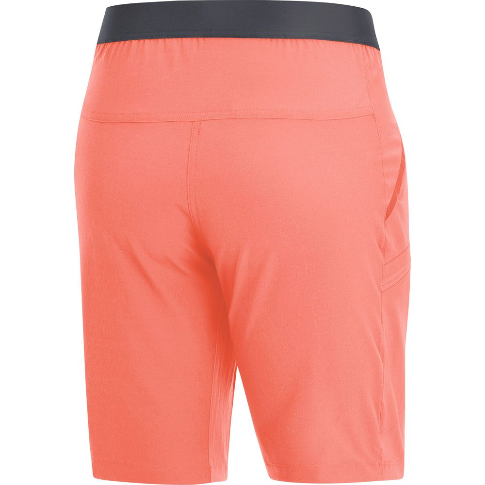 72124b254442c8 GORE® Wear - R5 Shorts Women coral at Sport Bittl Shop