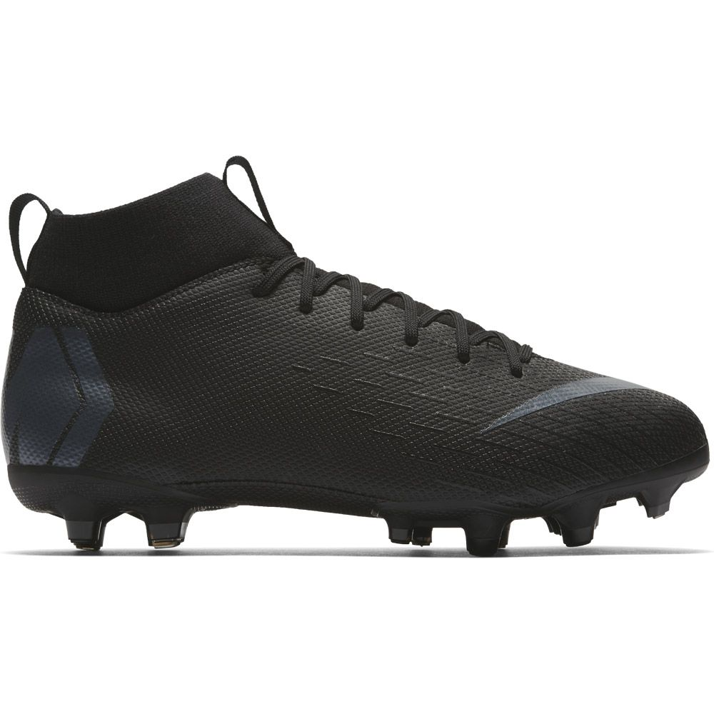 si Resentimiento amargo  Nike - Jr. Superfly VI Academy MG Football Shoes Kids black anthracite at  Sport Bittl Shop