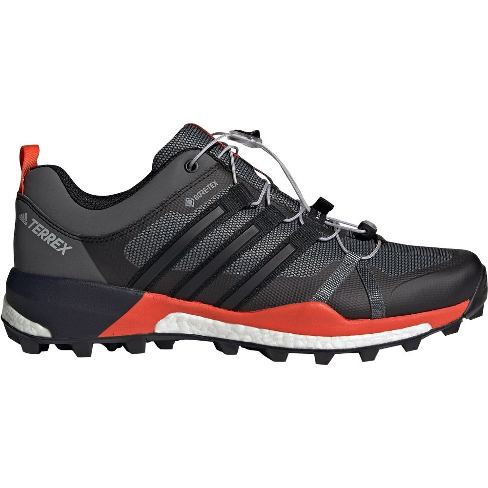 fd650101d981 adidas Terrex Skychaser GTX Trail Running Shoes Men grey three core black  active orange
