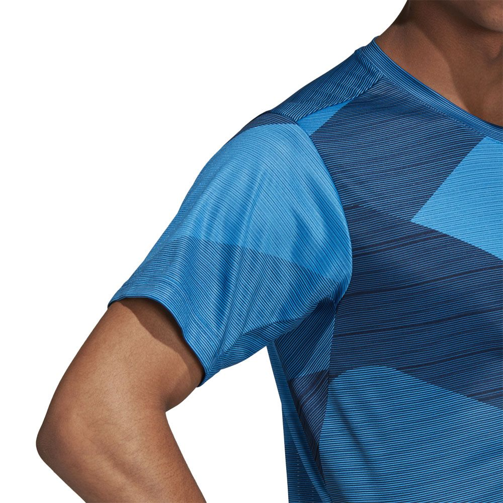 adidas FreeLift Climacool T shirt Men bright blue at Sport